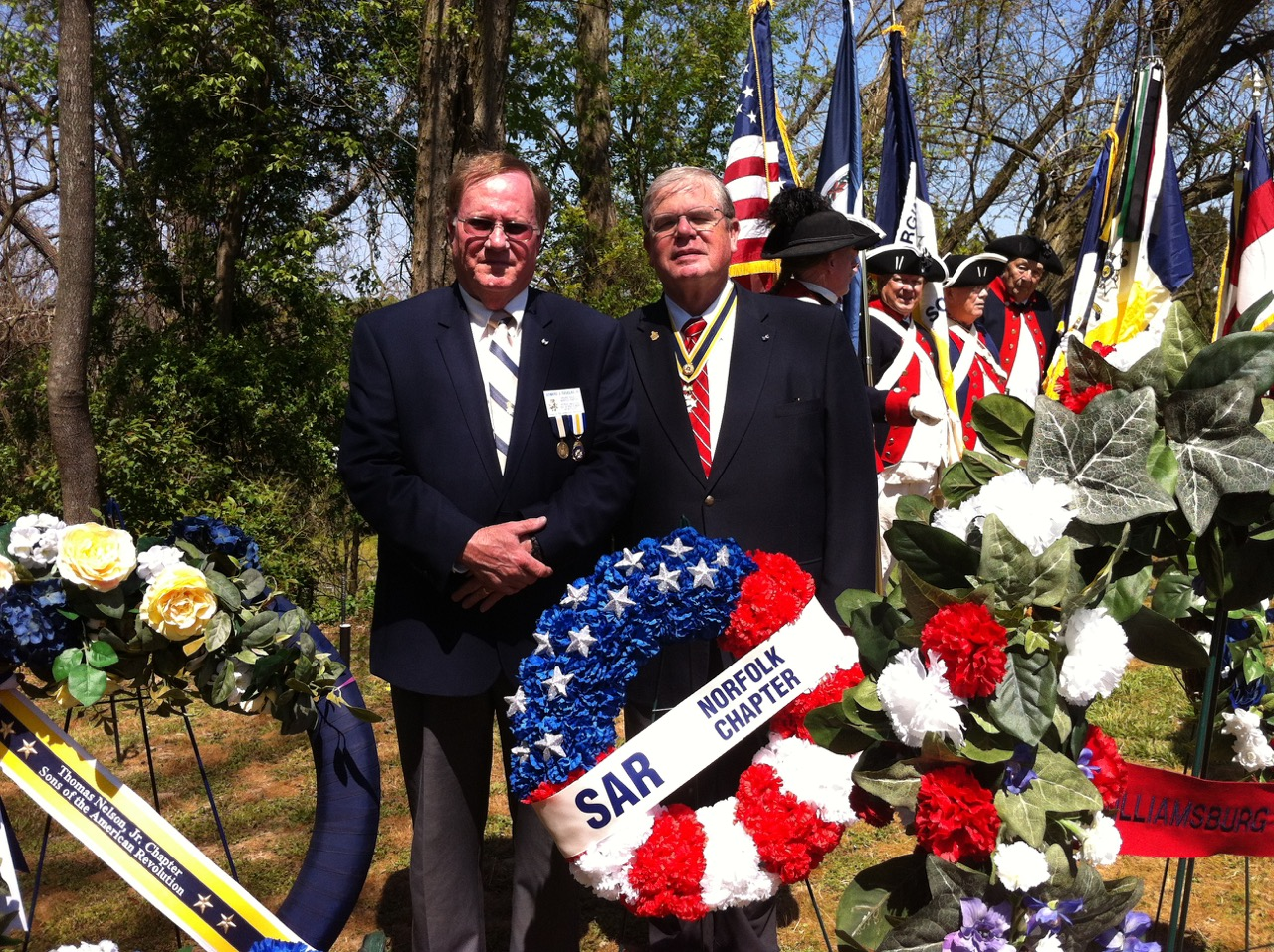 Past President Tom Whetstone and Secretary Edward Douglas with the Norfolk SAR Chapter wreath